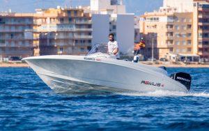 alquiler de barcos en torrevieja actividades nauticas, torrevieja, Guardamar, La Mata, Campoamor, Cabo Roig, Alicante, Santa Pola, La Zenia