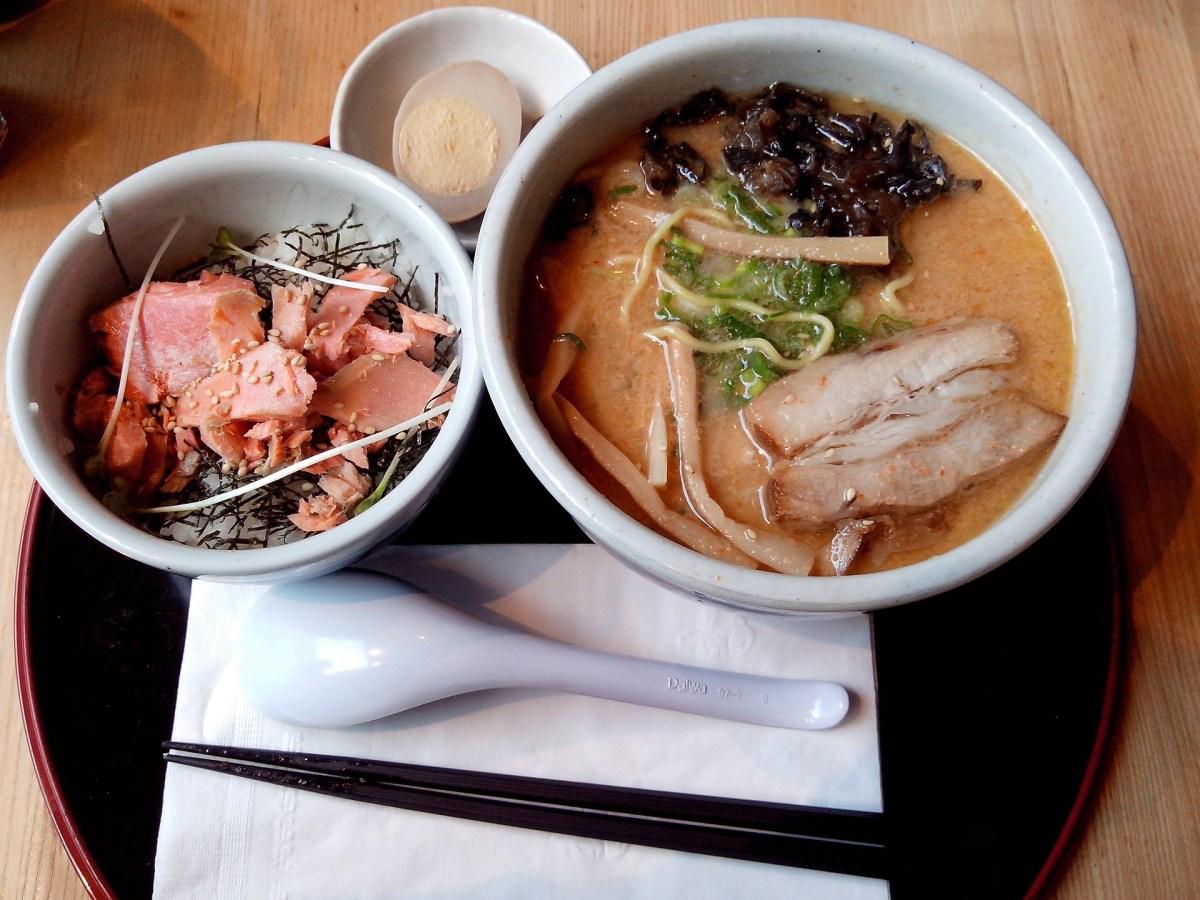 【ヒルナンデス!】荻窪 全国2位 極上の肉うどん『花は咲く』のお店はどこ?