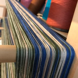 Blue/green weaving warp
