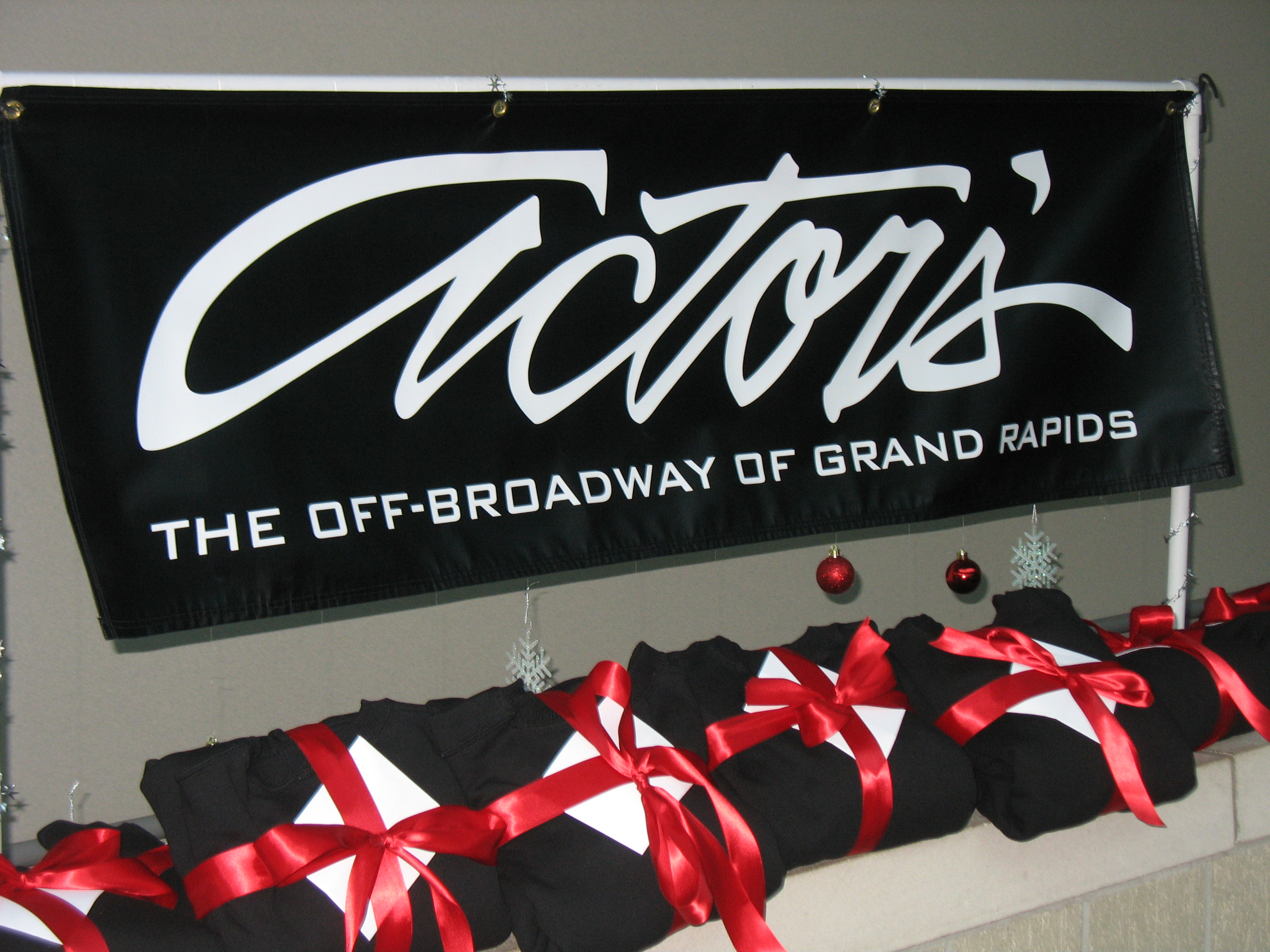 Actors' Theatre of Grand Rapids Holiday Gift Package
