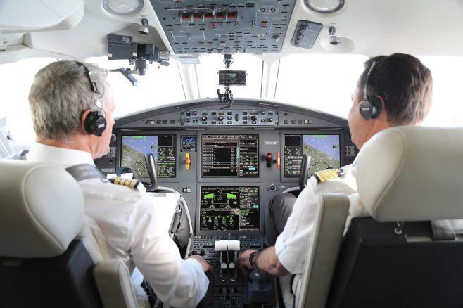 Cockpit du Falcon 2000 LXS Dassault