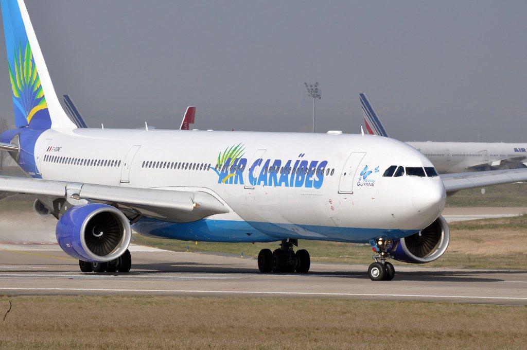 Air Caraibes par ERIC SALARD sous (CC BY-SA 2.0)