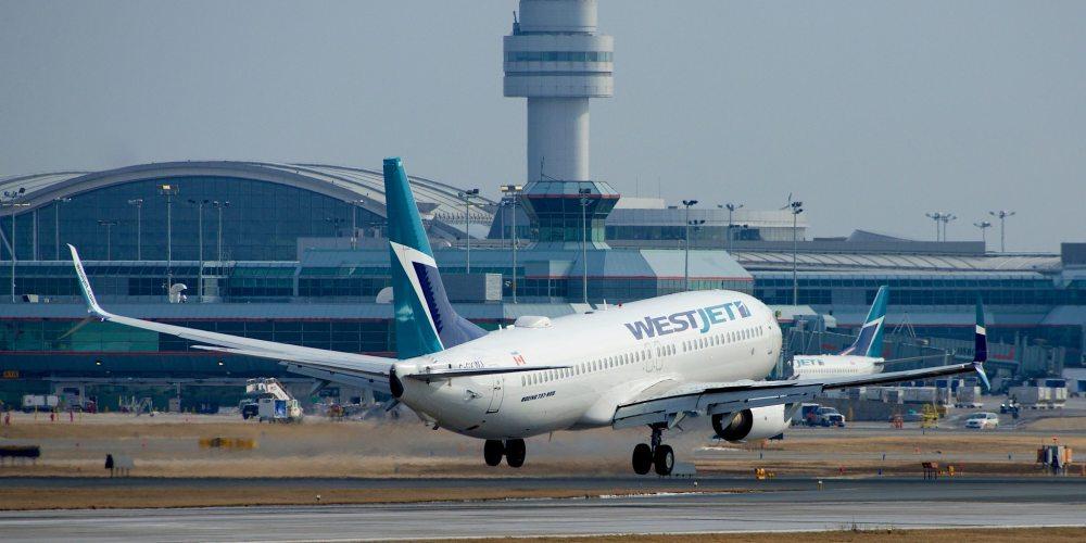 WestJet Boeing 737-800 C-GXWJ