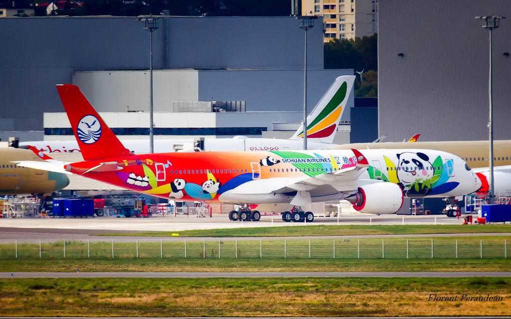 Sichuan Airlines Airbus A350-941 cn 060 F-WZFK