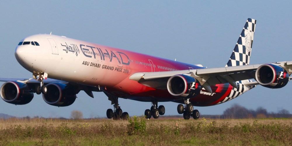 A340-600 [A6-EHJ] Etihad F1 atterrit à CDG