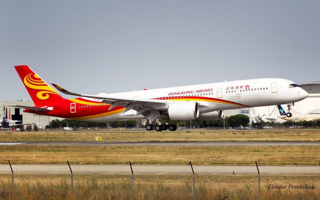 Hong Kong Airlines Airbus A350-941 F-WZGE // B-LGA