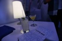 Un cocktail au bar lounge pour décompresser