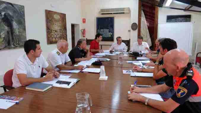 Junta Local de Seguridad con el Alcalde, el subdelegado de Gobierno, autoridades de las fuerzas de seguridad y diversas organizaciones