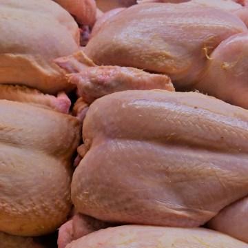 Perú mantiene su reinado: 48 kilos de pollo por persona al año