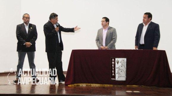 Amevea realizó charla avícola y firmó convenio con Senasa