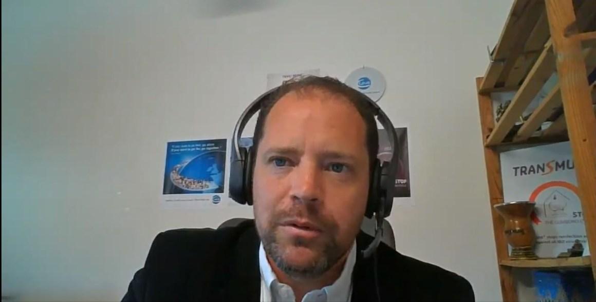 """El impacto de la enfermedad de Gumboro y su control en ponedoras comerciales"""", a cargo del Dr. Marco A. Elmer Lopes"""