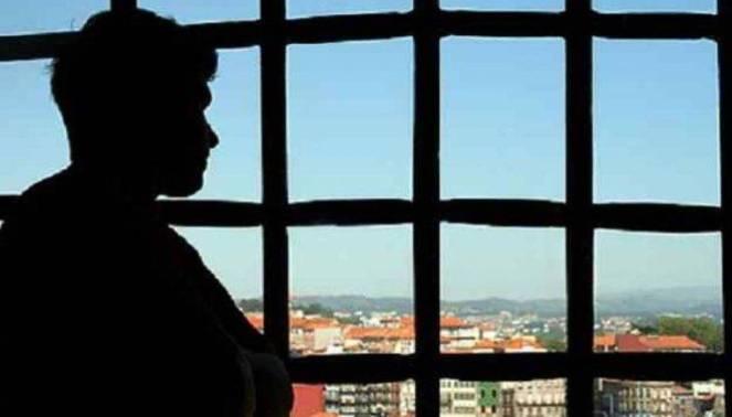 Las urgencias rompen la prisión domiciliaria. - Actualidad Jurídica