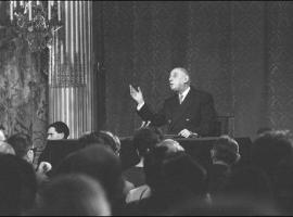 7 mars 1966 : De Gaulle annonce la sortie de la France du Commandement intégré de l'OTAN