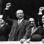 De Gaulle, Léon Blum et la politique des années 1930