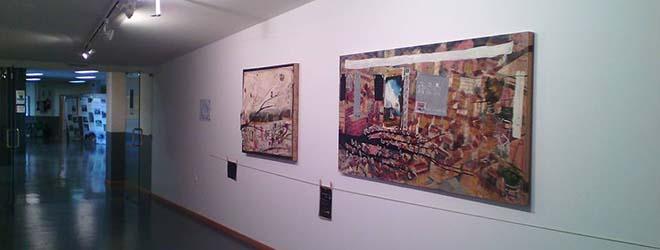 Inauguration de l'exposition « Colores en mis bolsillos » (des couleurs dans mes poches) d'Anna Tamayo à Ponferrada (Espagne)