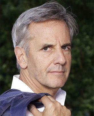 Bernard de la Villardiere, presentador del programa Enqûete Exclusive en el canal francés M6.