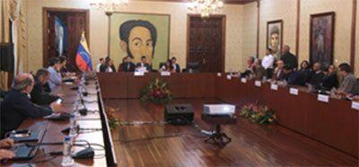 Al amenazar a la prensa extranjera, el régimen perdió el sentido de la decencia