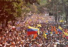 Esa gente que marcha en Venezuela