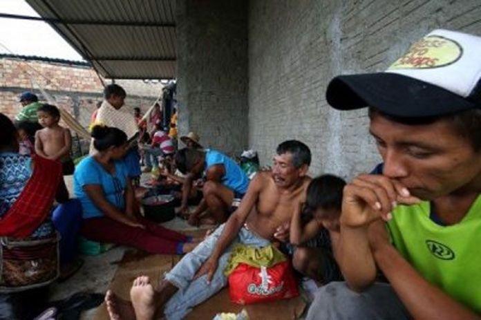 Migración forzada de venezolanos halla una mano amiga en la frontera con Brasil