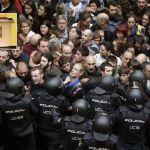 Cataluña en 23 portadas y 58% de abstención