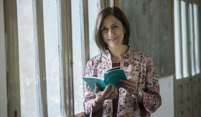 La memoria en la poesía de Cristina Falcón