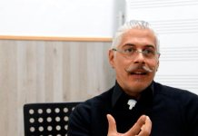 José Mena Polo - Director Coros