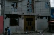 La maison de Koffi Olomide caillassée par les manifestants contre la révision de la loi électorale
