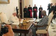 VATICAN : Roch Kaboré demande une visite officielle  du Pape au Burkina Faso