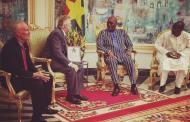 Andrew Young ambassadeur des Etats Unis au président du Faso :
