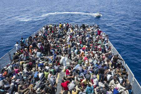 LIBYE : près de 2 900 migrants secourus jeudi