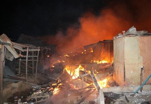 COTE D'IVOIRE: un incendie ravage le  grand marché d'Abobo