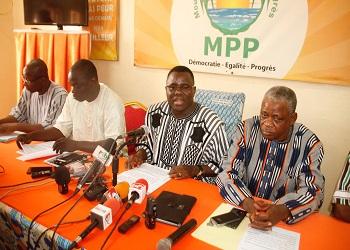 Situation nationale:La majorité présidentielle sort de son silence