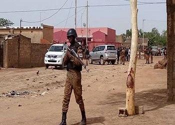 Opération militaire à Rayongo : « Les présumés terroristes possédaient des tenues militaires burkinabè et françaises » (Clément Sawadogo, ministre de la Sécurité)