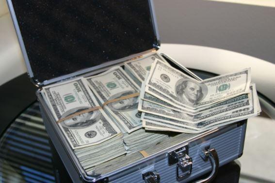 MALI: l'équivalent de 15 milliards de FCFA en faux billets saisis