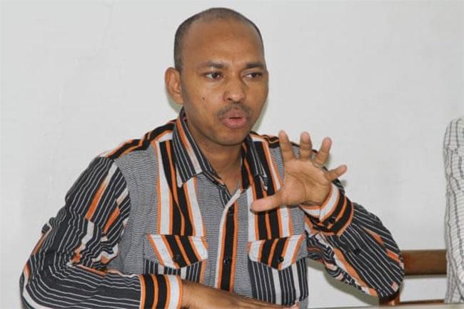 LUTTE CONTRE LE TERRORISME: Tahirou Barry pour le retrait des troupes étrangères
