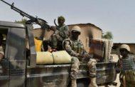 NIGER : 71 militaires tués dans une attaque, le sommet de Pau reporté