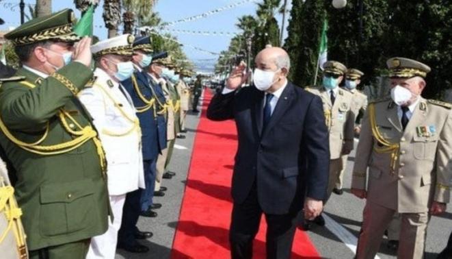 Président algérien et chef d'état-major de l'armée - archives