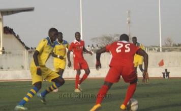 Suneor et Olympique de Ngor dos à dos au stade Elymanel Fall