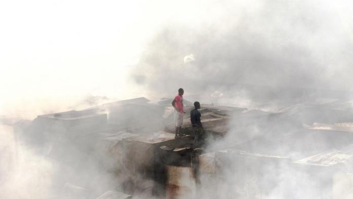 Le marché de Conakry détruit par un incendie