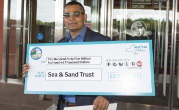 Il gagne 245 millions de dollars à la loterie et va travailler