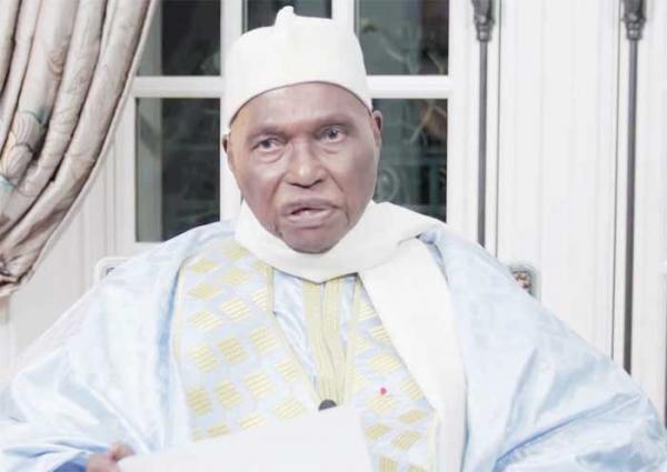 Me Abdoulaye Wade menace la tenue de la présidentielle