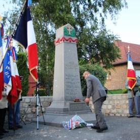2014-06-11-ceremonie-70em-anniversaire-des-martyrs-dhaplincourt033