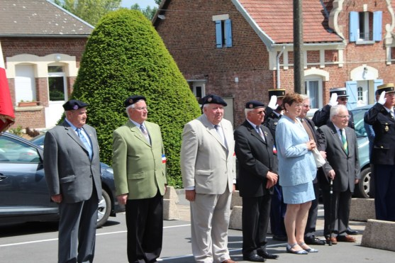 2015-06-07-ceremonie-des-martyrs-dhaplincourt037