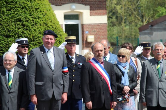 2015-06-07-ceremonie-des-martyrs-dhaplincourt043