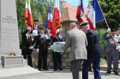 2015-06-07-ceremonie-des-martyrs-dhaplincourt114