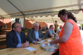 2016-05-08-ceremonie-et-fete-dhaplincourt063