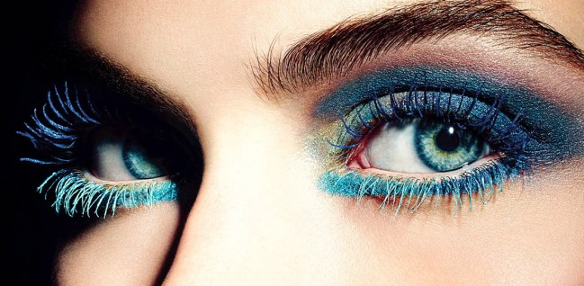 Le-mascara-colore-tendance-make-up-de-l-ete-2013