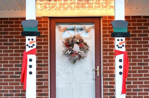 15 Easy DIY Outdoor Christmas Decorating Ideas- A