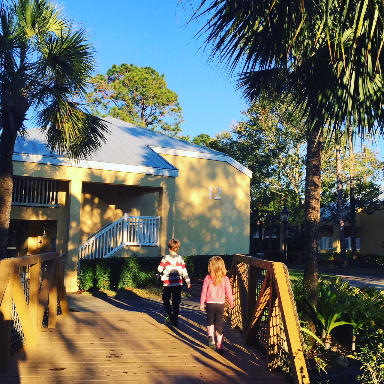 Wyndham Orlando Resort | International Drive Orlando hotels | Budget friendly hoitels Orlando | family hotels in Orlando Florida | Florida theme park hotels | Wyndham Idrive | hotels with kids | acupful family travel blog
