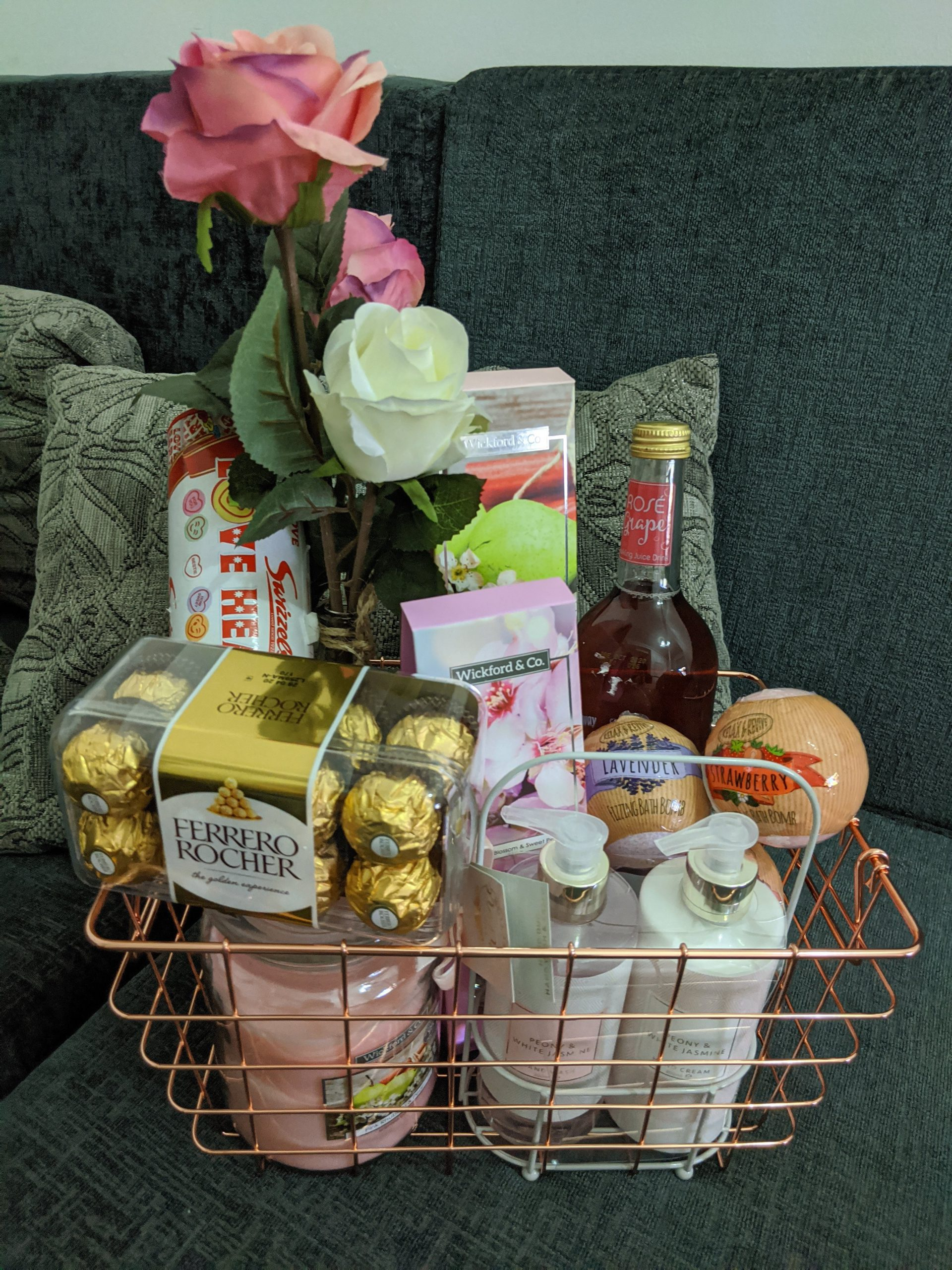 DIY your own 'House Warming'  Hamper